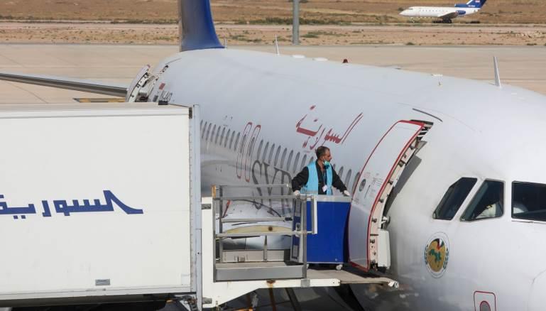 بين بيروت وحلب.. لا عقوبات تردع الرحلات الجوية السورية
