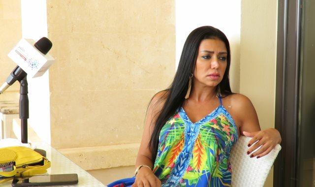 بعد توريطها في فيديو إباحي.. رانيا يوسف تفجر مفاجأة مدوية