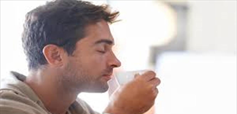 رائحة القهوة أصبحت مثل البنزين.. هلوسة الأنف أحدث مضاعفات فيروس كورونا