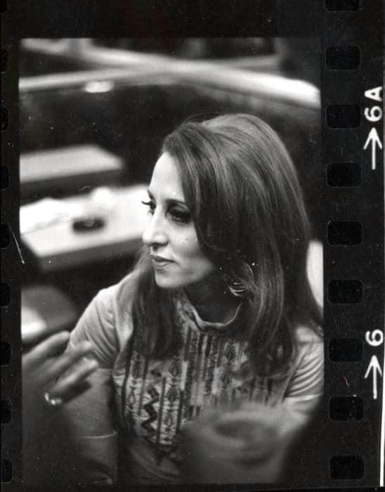 بعد خمسين عاماً ولأوّل مرة.. السيدة فيروز في صور نادرة من اميركا