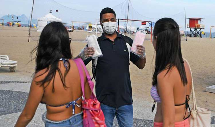293 وفاة و17341 إصابة جديدة في البرازيل
