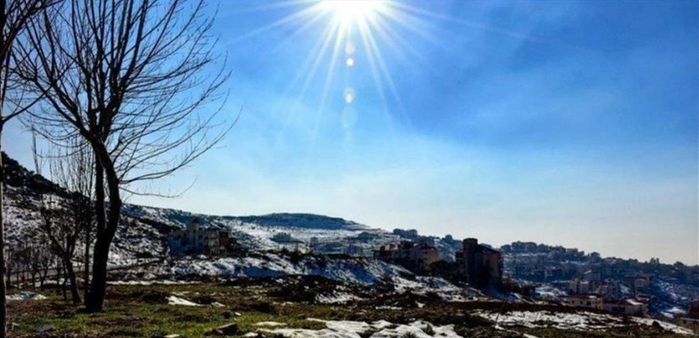 في عز كانون الثاني: الحرارة فوق معدلاتها الموسمية.. متى ستعود الأمطار؟
