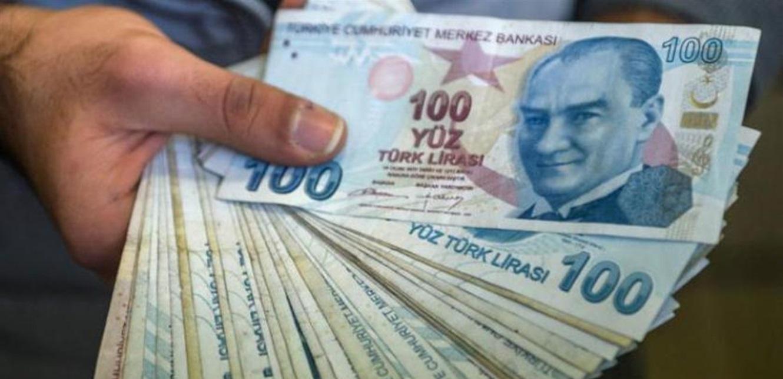 الليرة التركية تتراجع أمام الدولار.. هذا ما سجلته بداية الأسبوع
