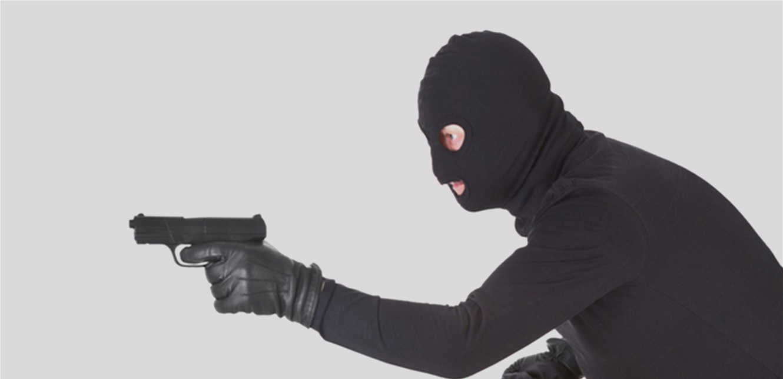 كانوا يحاولون السرقة.. فأوقفهم الاهالي وهذا ما كان بحوزتهم! (صورة)