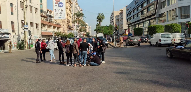 اعتصام عند ساحة ايليا احتجاجا على تردي الأوضاع المعيشية