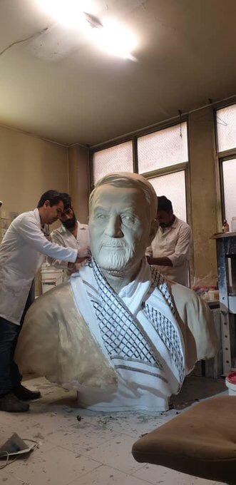 في الذكرى السنوية الأولى على اغتياله… تمثال لسليماني في الغبيري! (صورة)
