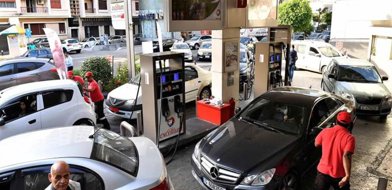 أيها اللبنانيون.. لا أزمة بنزين خلال الاقفال العام