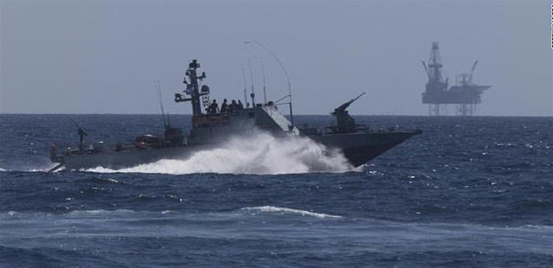 الجيش: زورق حربي إسرائيلي خرق المياه الإقليمية