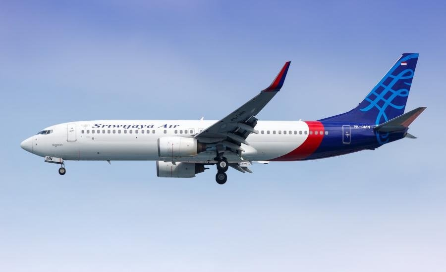 فقدان الاتصال بطائرة إندونيسية