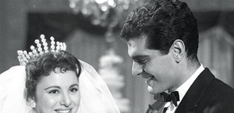 صورة نادرة.. عمر الشريف وفاتن حمامة يمضيان شهر العسل في باريس منذ 66 عاماً