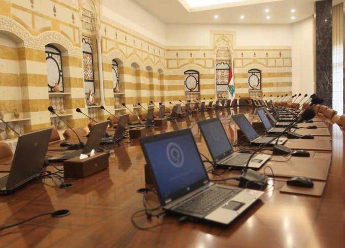 السيرة الذاتية للأسماء المقترحة لحكومة الحريري