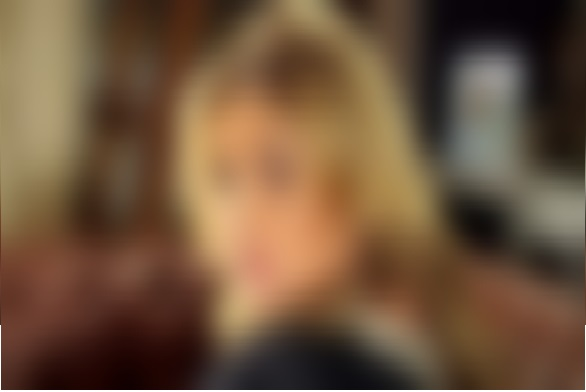 فنانة مصرية شهيرة تعترف بعمل علاقة مع حبيبها بعلم زوجها.. لن تصدق من هي!