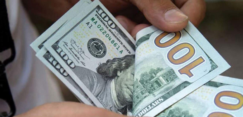 سعر صرف الدولار يقترب أكثر من حاجز الـ9000 ليرة لبنانية
