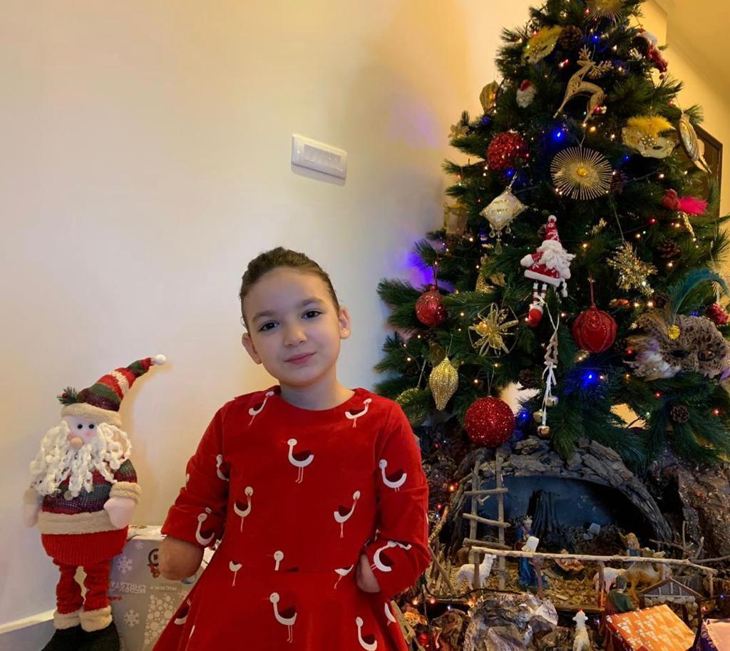 إسألوا الطفلة إيللا طنوس عن إنسانية المحقق العدلي الجديد
