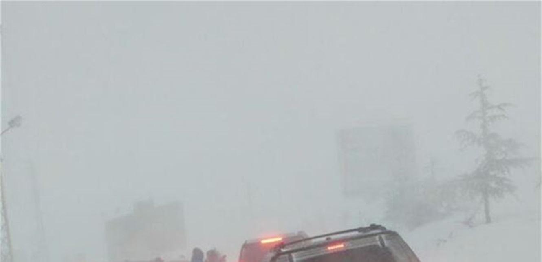 في حرود كسروان… مواطنون عالقون في الثلج