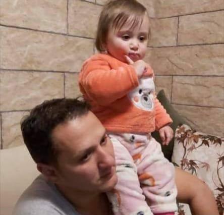 فاجعة.. 'كورونا' يقتل 'عباس' بعدما خطف حياة طفلته 'ليا' قبل أسبوعين!
