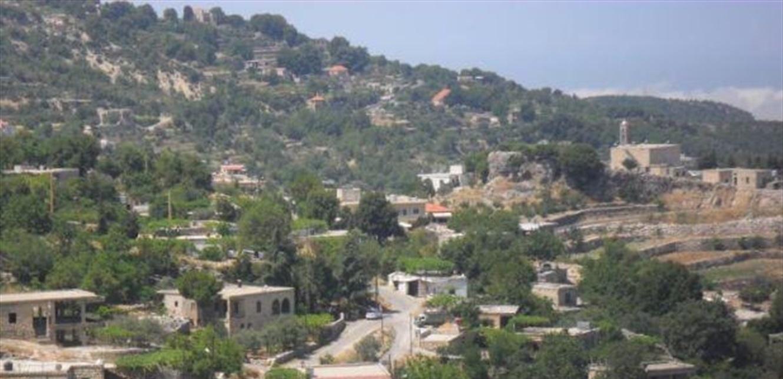 بلدة لبنانية دون كهرباء منذ 5 أيام