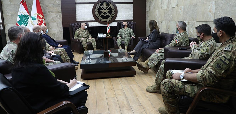 قائد الجيش عرض مع وفد عسكري أميركي مجالات التعاون