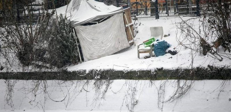 في المانيا…مشردة تلد في الشارع