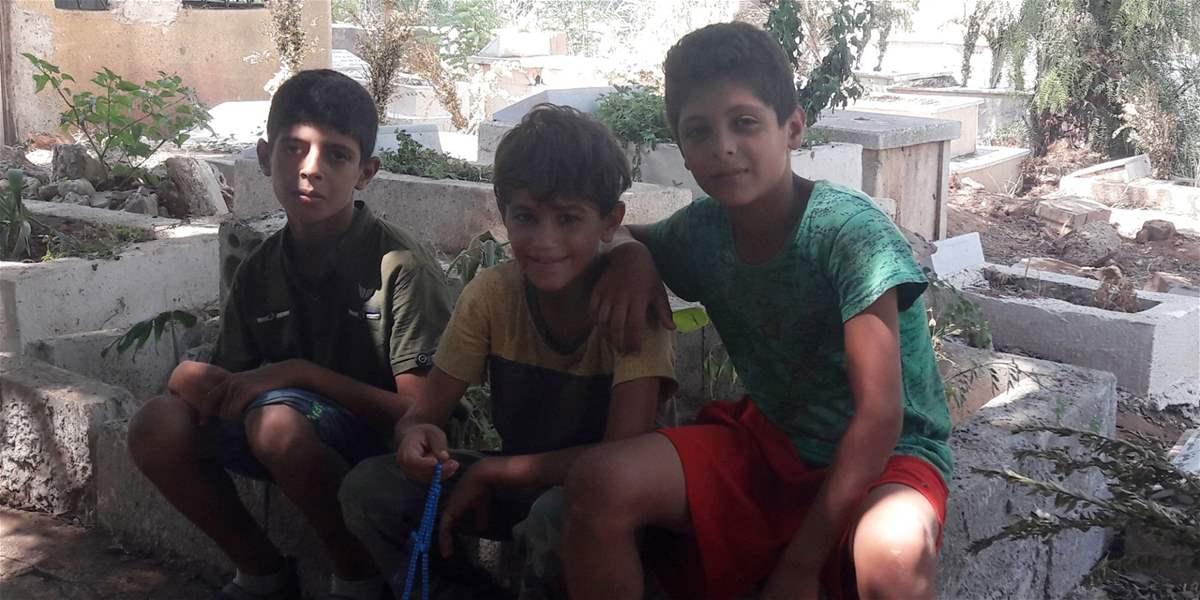 مقابر الغرباء في طرابلس: بطالة وتسرب مدرسيّ ودولة غائبة