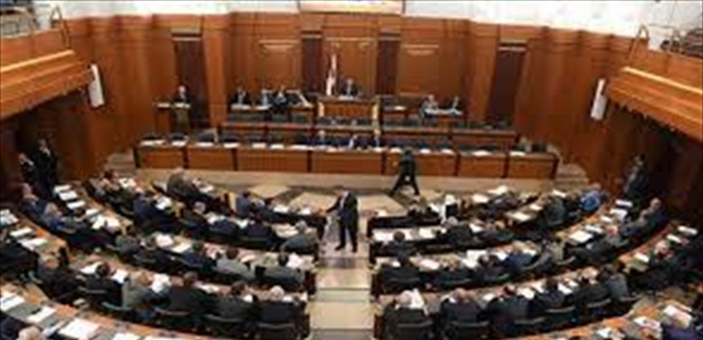 النواب فوق الـ75 عاماً يتلقحون ضد كورونا اليوم.. ومسؤول دولي كبير غاضب