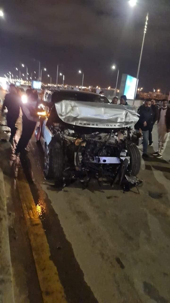 عمرو أديب يتعرض لحادث سير مروع.. وهذه حالته الصحية (صور)