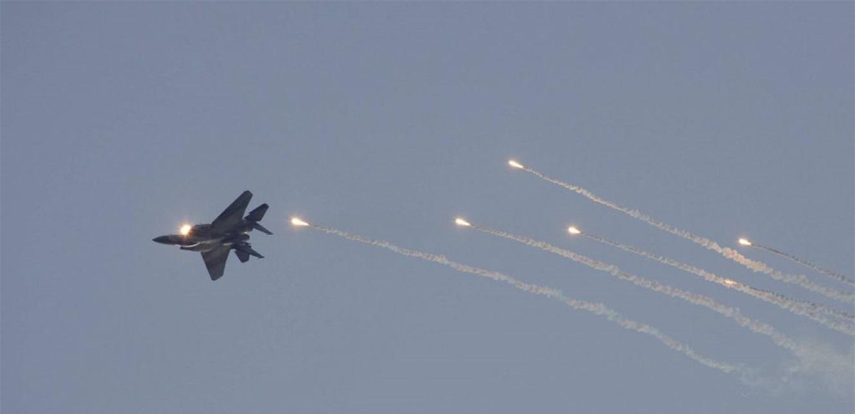زحمة طائرات في سماء سوريا.. 'ما إن يُطلق الصاروخ لا عودة إلى الوراء'
