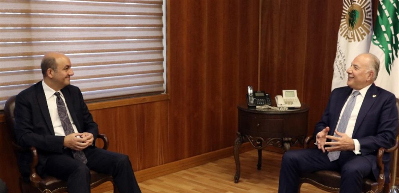 دبوسي التقى السفير التركي