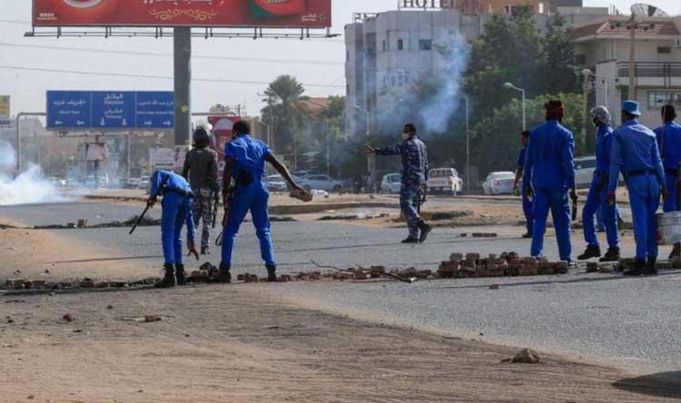 """""""لا للغلاء لا للجوع""""… احتجاجات بمناطق مختلفة في السودان"""
