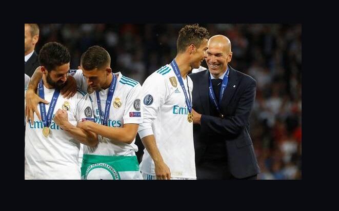 ريال مدريد يحسم قراره النهائي بشأن عودة رونالدو للفريق الملكي