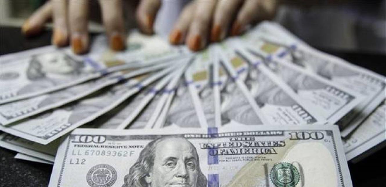 الدولار إرتفع.. هذا ما سجله في ساعات ما بعد الظهر في السوق الموازية