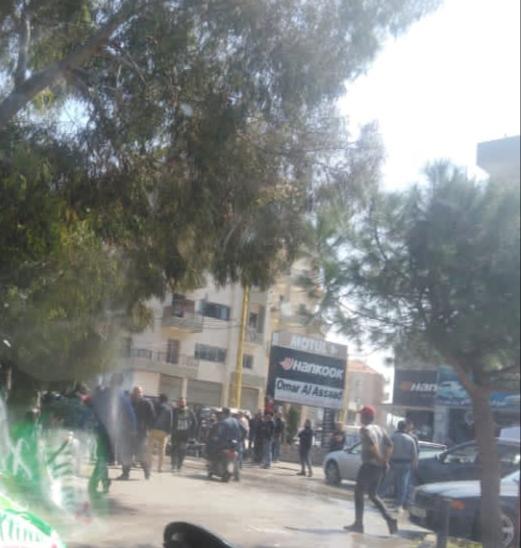 الاهالي يقطعون الطريق في مجدليا (صورة)