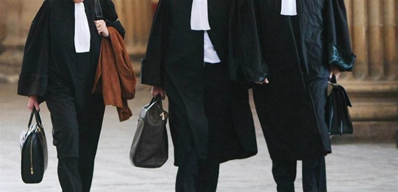 'قرفوا' من المهنة.. قضاة ومحامون يتسابقون على الهجرة!
