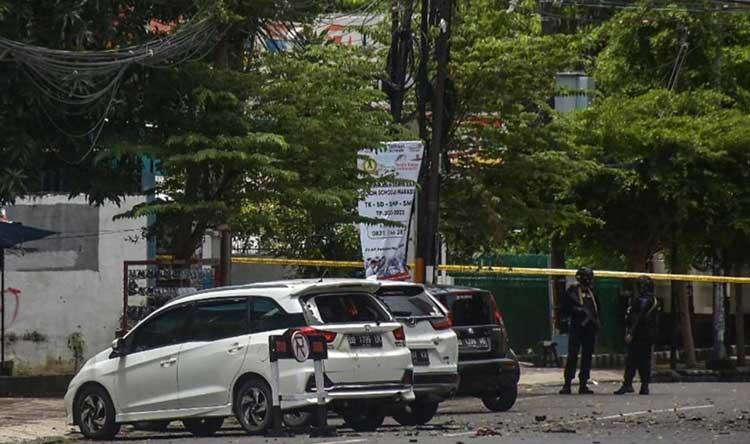 مقتل منفذي الهجوم على الكنيسة في إندونيسيا