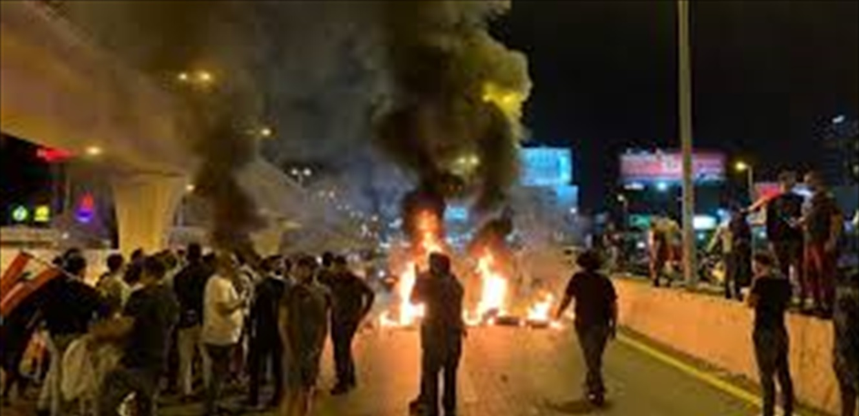 شهرا مسدسين حربيّين خلال احتجاجات جل الديب…والجيش يتحرك