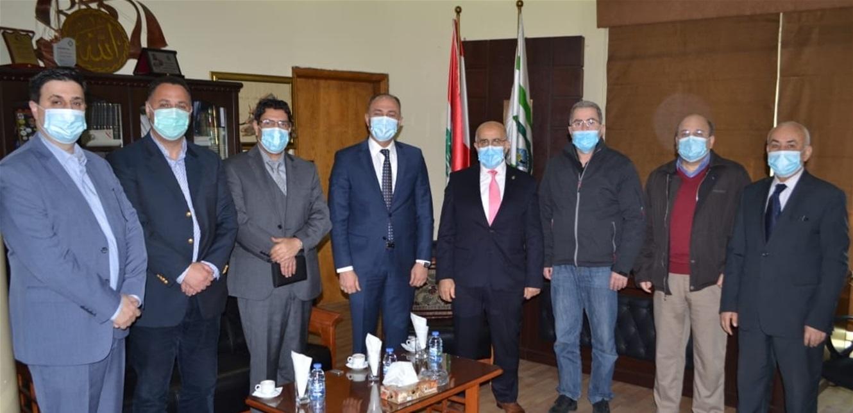 يمق عرض مع سفير تونس العلاقات ومجالات التعاون
