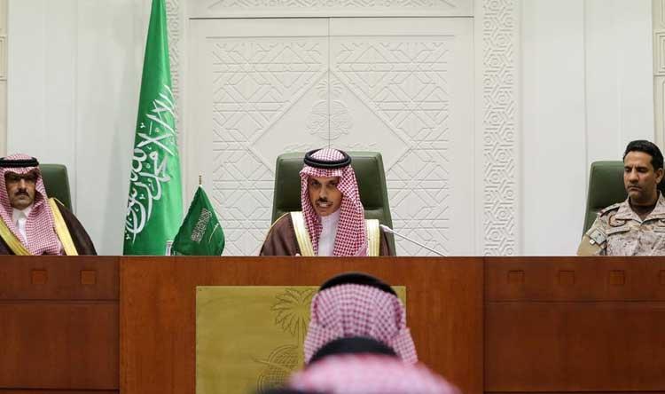 حكومة اليمن ترحب بمبادرة السعودية لإنهاء الأزمة