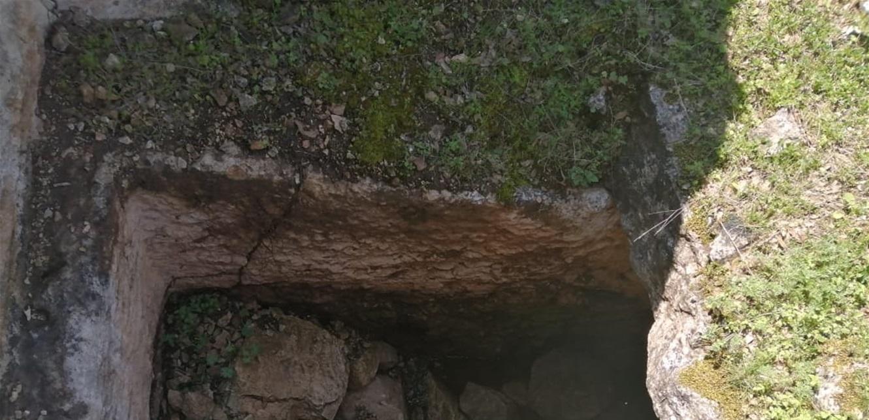 عمليات نبش غير شرعية متكررة لمغاور وكهوف مدفنية صخرية في عكار