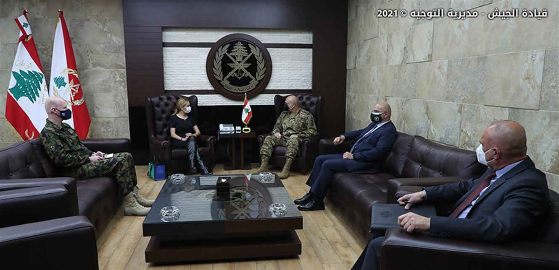 استقبالات العماد قائد الجيش