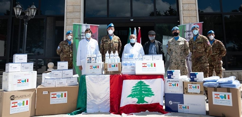 هبة طبية من الكتيبة الإيطالية لمستشفى بنت جبيل الحكومي
