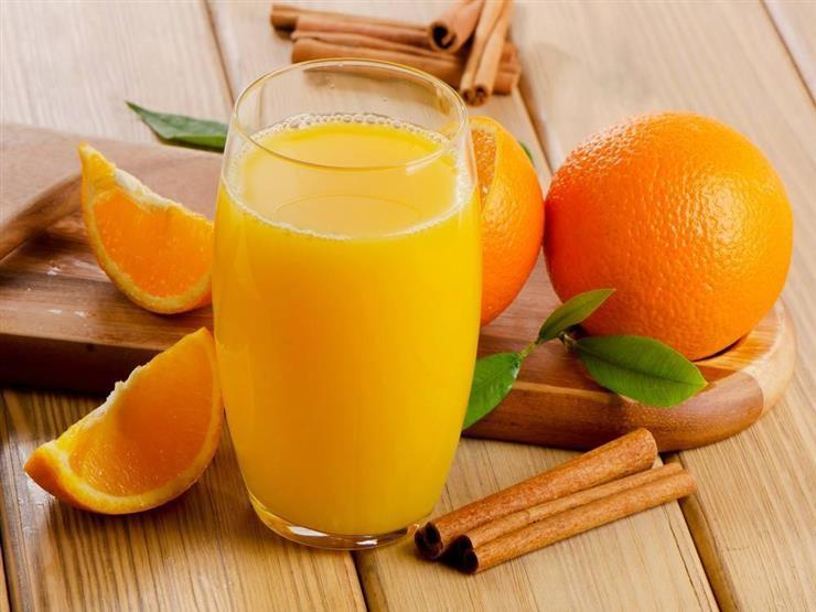 """دراسة تكشف عن """"الخطر الكبير"""" في شرب عصير البرتقال.."""