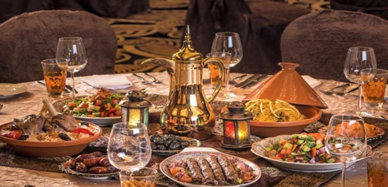 'منع تجول من 7 مساءً حتى 5 فجراً'.. أصحاب المطاعم يرفضون توصيات لجنة كورونا