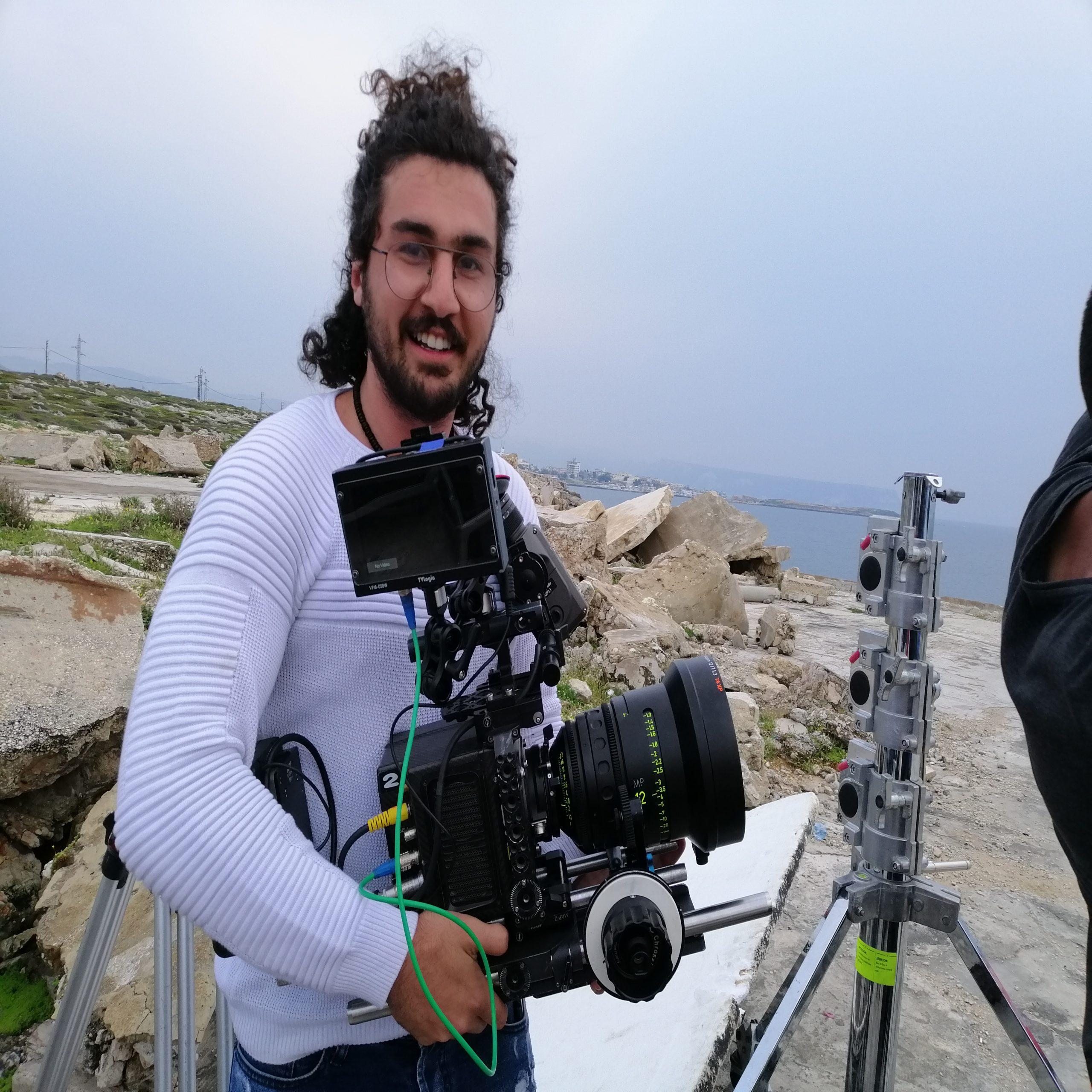 من لبنان إلى العالم ، قصة نجاح الممثل والمخرج هادي بريطع