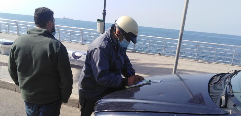 اجراءات لـ'قوى الأمن' في بيروت وضبيه.. محاضر ضبط وقمع للمخالفات (صور)