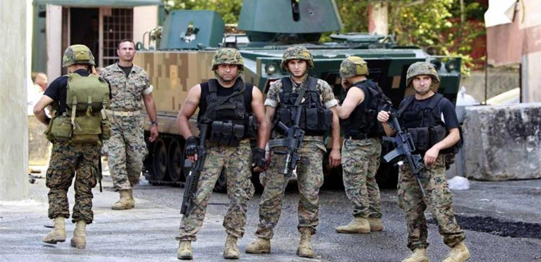الجيش يدهم مخيمات للنازحين في قضاء زحلة.. وهذا ما عُثر عليه