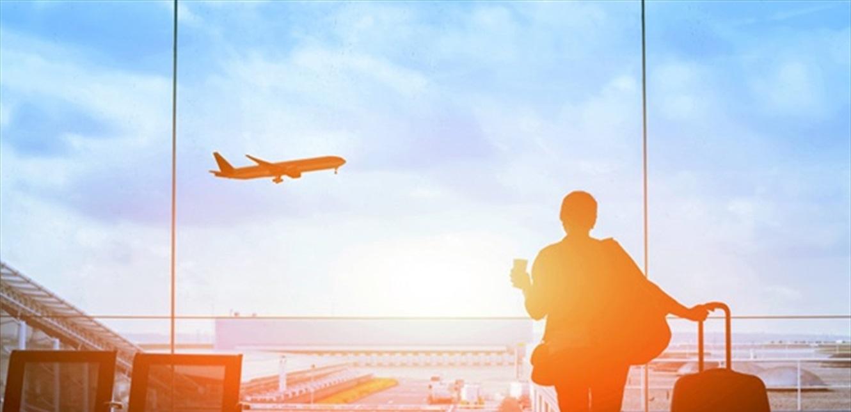 السفر بالطائرة.. مسؤول كبير يكشف موعد عودة الحياة إلى طبيعتها