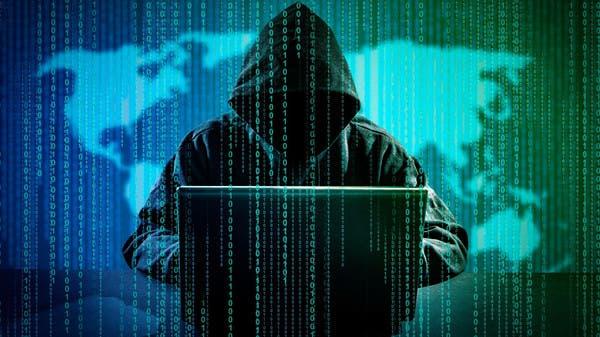 """""""مجزرة قرصنة"""" في فيسبوك.. نصف مليار مستخدم من 106 دول"""