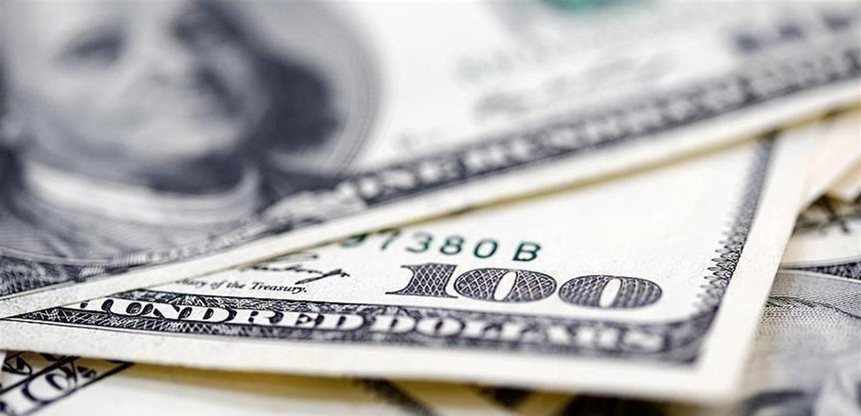 بعد تخطيه أمس الـ 13 ألف ليرة.. كيف افتتح الدولار اليوم في السوق الموازية؟