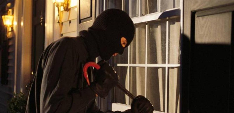 مجهولون سرقوا منزلًا في عازور جزين