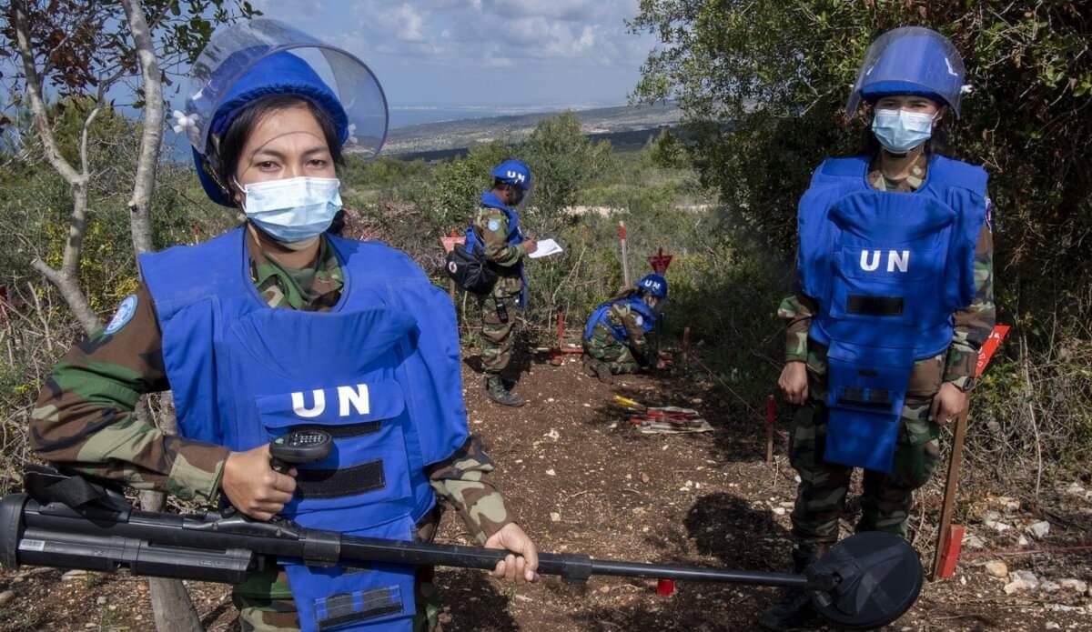 في اليوم العالمي للتوعية من مخاطر الألغام :قوات اليونيفيل تواصل نزع الألغام في جنوب لبنان